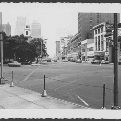 Broad St at military park in 1960.jpg