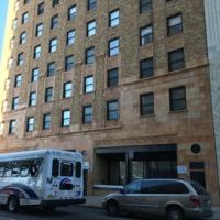 HotelDouglas_bldg_03.jpg