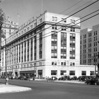 1060 Broad Street in 1941.jpg