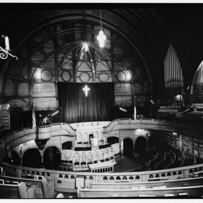 First Baptist Peddie Memorial Church, Broad  (4).jpg