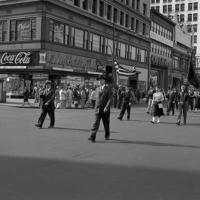 Parade on Broad Street 1953_image1.jpg