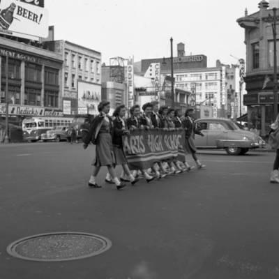 Parade on Broad Street 1953_image2.jpg